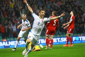 Slovenskí futbaloví reprezentanti úspešne zakončili svoju kvalifikačnú púť, keď vyhrali v Luxembursku 4:2.