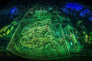 Výherná fotografia a 1.miesto kategória Vraky lodí: Potopená britská loď Thistlegorm v Červenom mori.