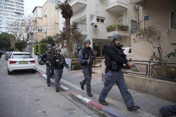 Izraelské bezpečnostné jednotky pri zásahu.