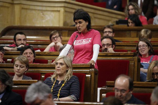 Na archívnej snímke zo 7. apríla 2016 politička zo strany Kandidátka ľudovej jednoty (CUP) Anna Gabrielová.