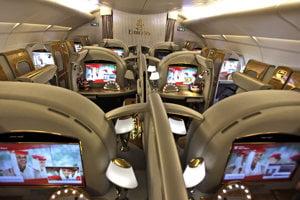 Prvá trieda v leteckej spoločnosti Emirates v roku 2013.