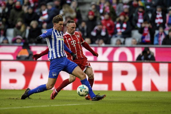 Futbalisti Herthy Berlín remizovali s Bayernom.