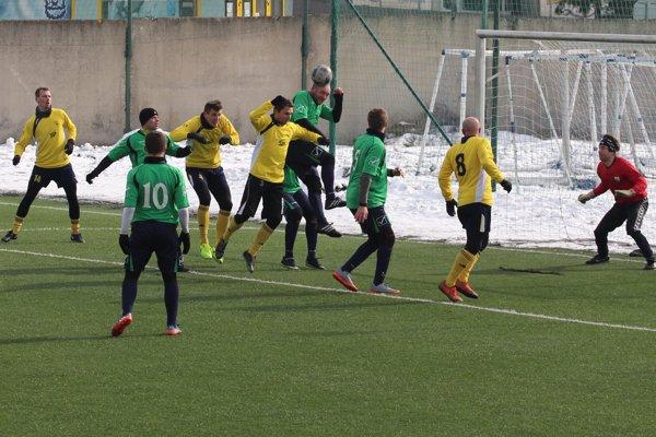 Za Námestovo sa proti Chlebniciam presadilo až 8 rôznych hráčov.