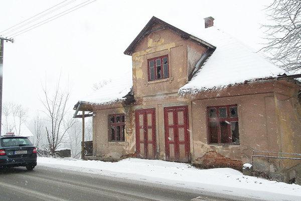Tento starý dom už patrí obci. Chce v ňom urobiť múzeum.