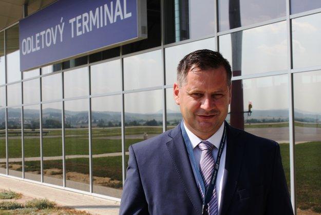 Riaditeľ letiska Roland Schaller.