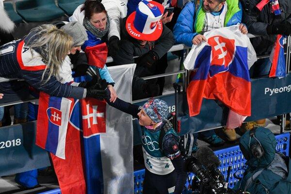 Anastasia Kuzminová po pretekoch s hromadným štartom. Pozrite si, ako ich prežíval Marcel Merčiak.