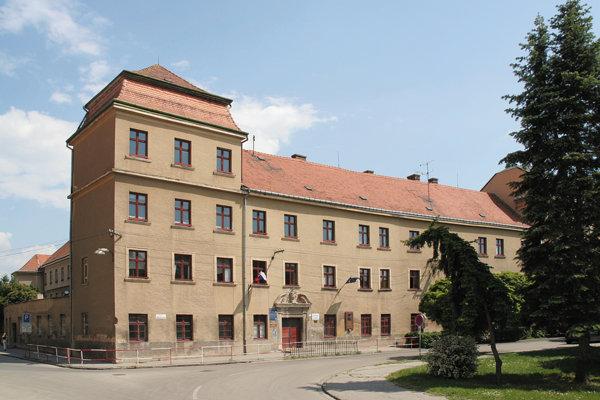 Konzervatórium sídli v budove Adalbertina.