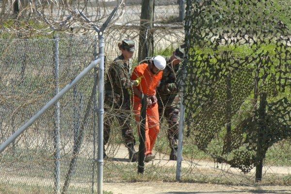 Na americkej základni v Guantáname vypočúvali aj mučili nebezpečných teroristov aj rizikové osoby.