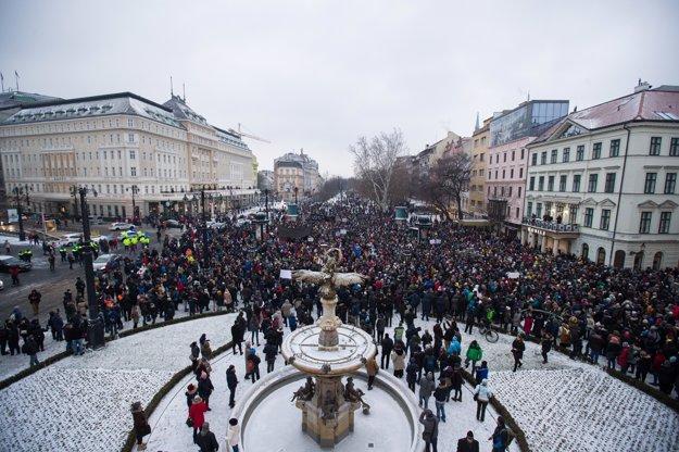 Prvý pochod z piatka 2.marca.