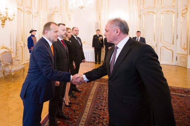 Prezident Andrej Kiska sa stretol s predstaviteľmi strany Sme rodina.
