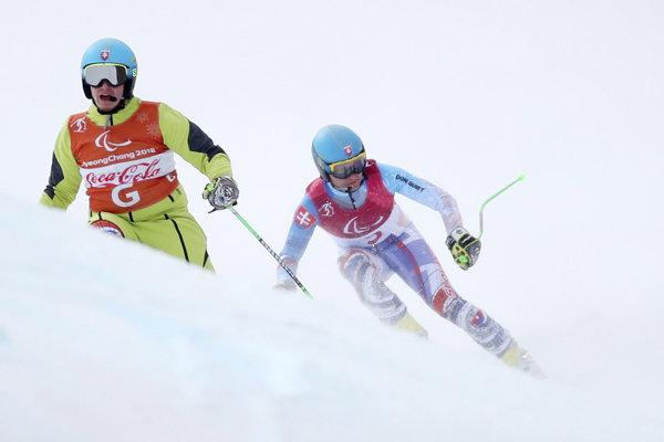Na snímke slovenský paralympijský reprezentant v alpskom lyžovaní Jakub Krako (vpravo) a jeho navádzač Branislav Brozman.