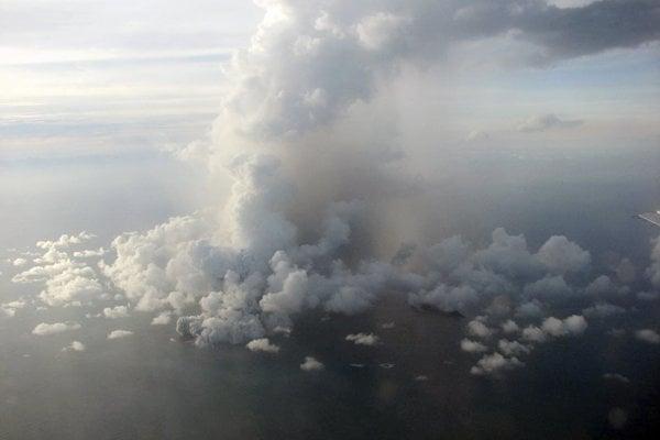 Vedcom sa po prvýkrát podarilo zachytiť zvukový záznam hrmenia, ktoré sprevádzalo blesky pri erupcii sopky.