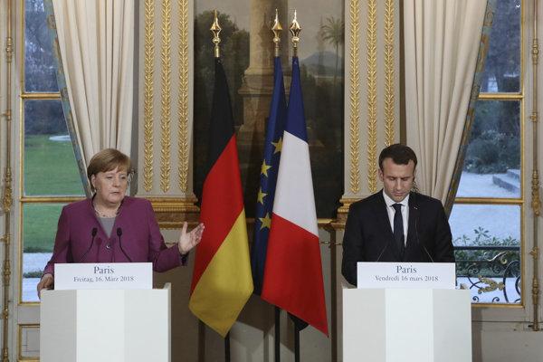 Francúzsky prezident Emmanuel Macron a nemecká kancelárka Angela Merkelová.