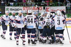 Hokejisti Nitry sa radujú z postupu do semifinále.