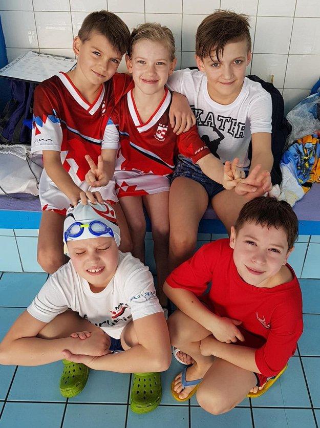 Zostava Mestského plaveckého klubu Dolný Kubín.