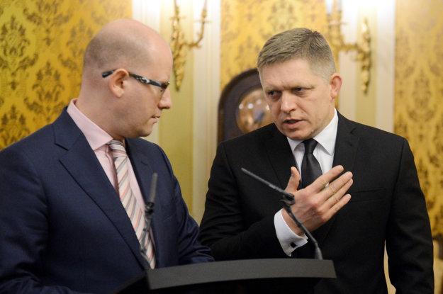 Premiér Fico na tlačovej konferencii s českým premiérom Sobotkom.
