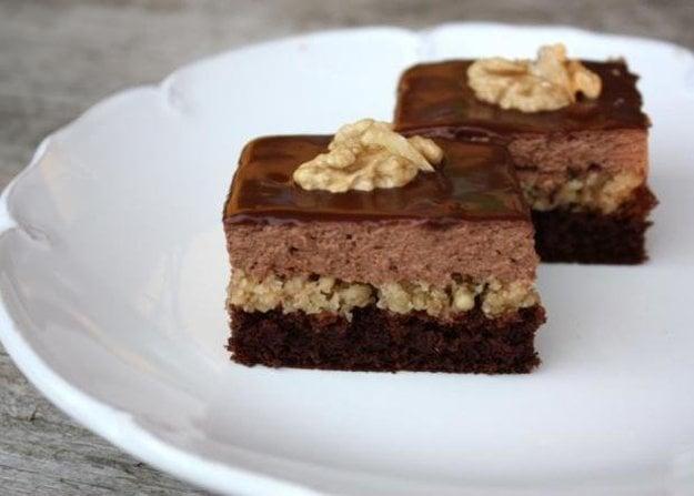 Čokoládovo-orechové rezy bez múky