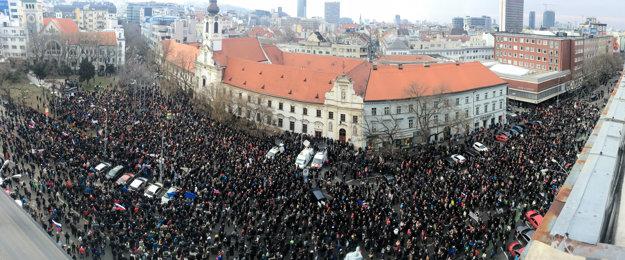 Tichý pochod študentov a slušných ľudí v Bratislave