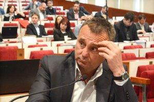 Sidor tvrdí, že na vytvorenie spoločnej firmy v Chorvátsku prišla reč v čase, keď s Vadalom riešili predaj jeho bizniscentra. Z oboch obchodov zišlo, lebo Talian vraj nezohnal peniaze.