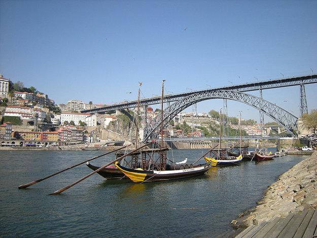 V ankete už dvakrát zvíťazilo portugalské Porto.