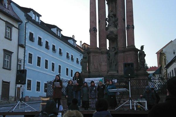 Organizátori začali podujatie predstavením základných pokynov