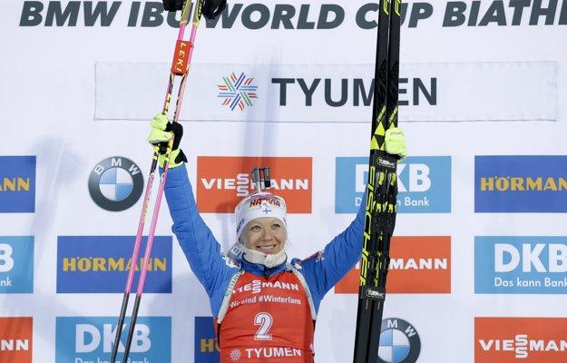 Kaisa Mäkäräinenová sa tešila v pretekoch z víťazstva.