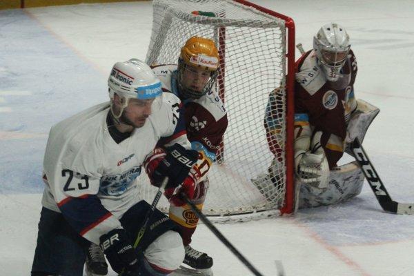 Dvoma gólmi k výhre Nitry prispel center prvého útoku Erik Šramaty.