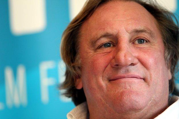 Gérard Depardieu na Art Film Feste, tesne pred tým, ako dostal ruský pas.