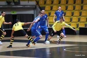 Makroteam ukončil sezónu vypadnutím v štvrťfinále.