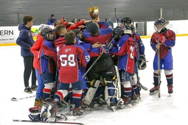 Mladší žiaci HK Altis Orava vyhrali druhú ligu.