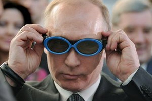 Dvojitá optika Vladimira Putina.