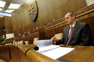 17. február 2009. Minister zdravotníctva SR Richard Raši počas schôdze NR SR v Bratislave.