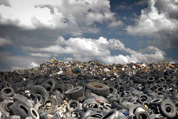 Sporný zákon o odpadoch posúdi najprv Brusel.