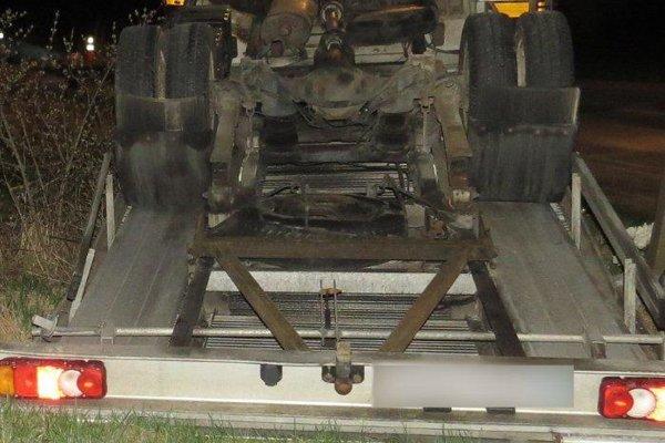 Na ceste II. triedy v katastri obce Krasňany došlo pred pol druhou hodinou ráno k tragickej dopravnej nehode.