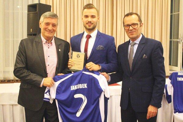 Zľava Dušan Radoslký, Matej Jakúbek a Ladislav Gádoši.