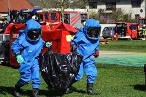 V rakúskom Hohenau sa na cvičení zúčastnili i hasiči z Kútov.