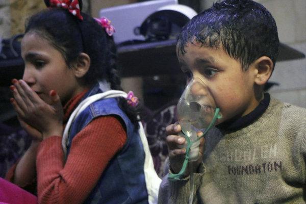 Deti, ktoré útok v Dúme prežili.