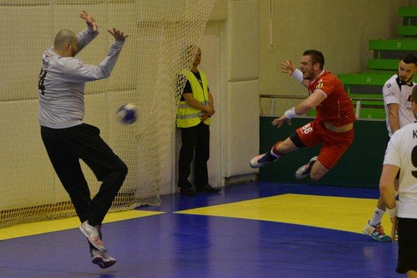 Agro sa ujalo vedenia v sérii 1:0, výborný výkon podal brankár Michal Meluš.