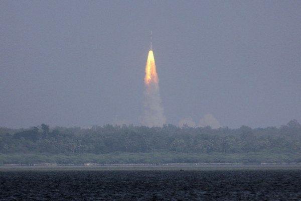 Indická vesmírna misia odštartovala na Mars.