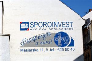 Archívny záber bývalého sídla nebankovky na Mäsiarskej ulici.
