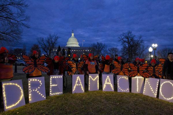 Podporovatelia preogramu DACA v blízkosti Capitolu vo Washimgtone.