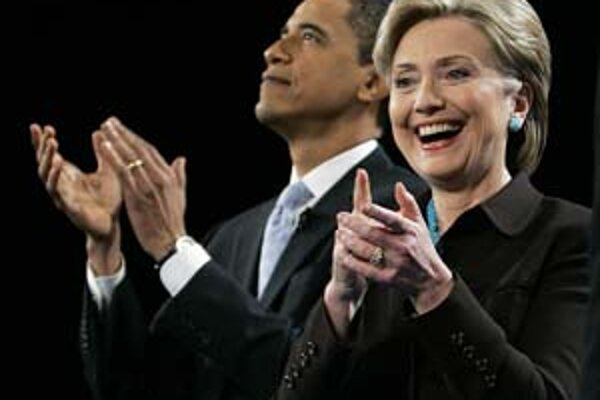 Barack Obama a Hillary Clintonová.