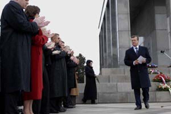 Slovenská vláda a ruský premiér Zubkov na Slavíne.