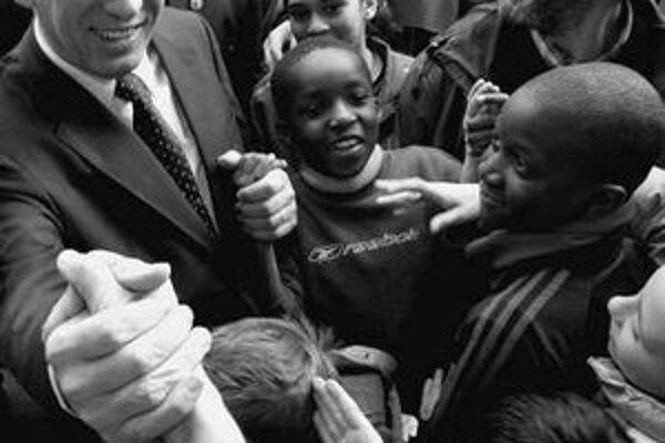 Francois Bayrou počas predvolebnej kampane.