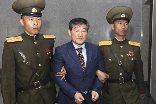 Jeden zo zadržaných Američanov v KĽDR.