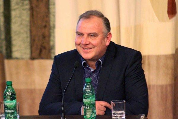 Novým predsedom ZsFZ je Pavol Šípoš z Topoľčian.
