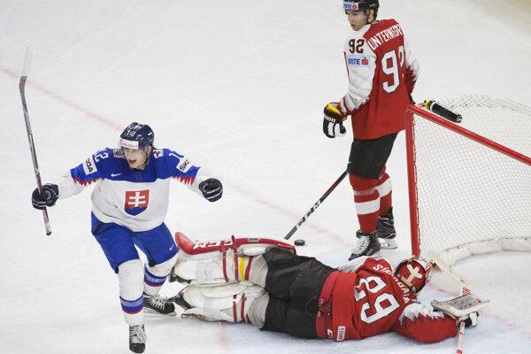 Slovenskí hokejisti porazili Rakúsko.