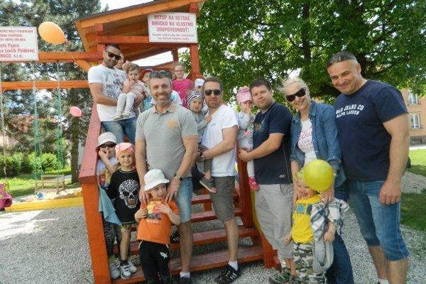 Účelom projektu Leto pre deti, ktorého hlavným gestorom je poslanec MZ Čadca Jozef Pajer, je podporiť vznik detských ihrísk.