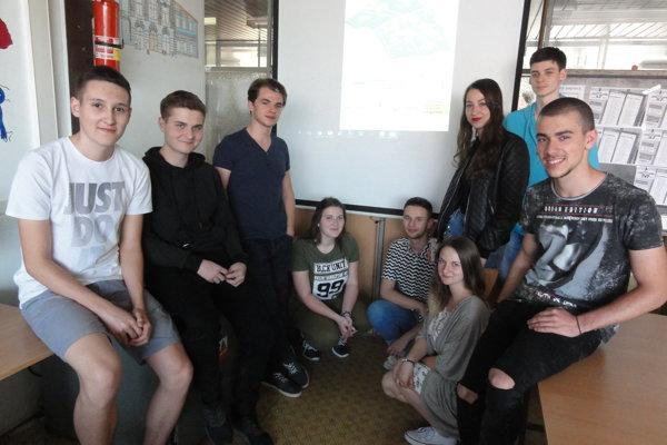 Títo študenti sa potrápili na tvorbe digi máp.