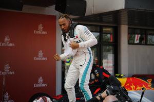 Lewis Hamilton ovládol Veľkú cenu Španielska.